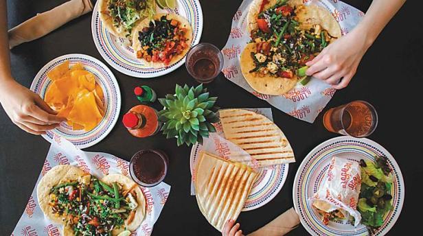 el-loco-fresh-family-meal-mexican-cuisine