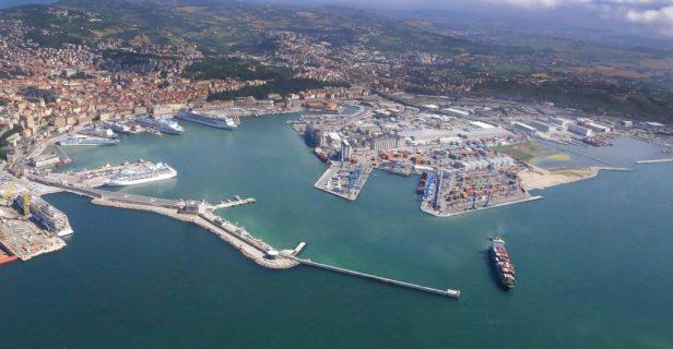 porto-di-ancona-0-1024x533