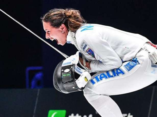 C006_fencing_cruise_05_750x563_v2.jpg.image.640.480.low